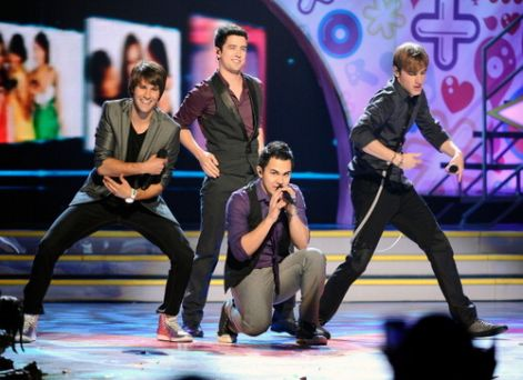 big-time-rush-performing-kca--large-msg-130180276776.jpg